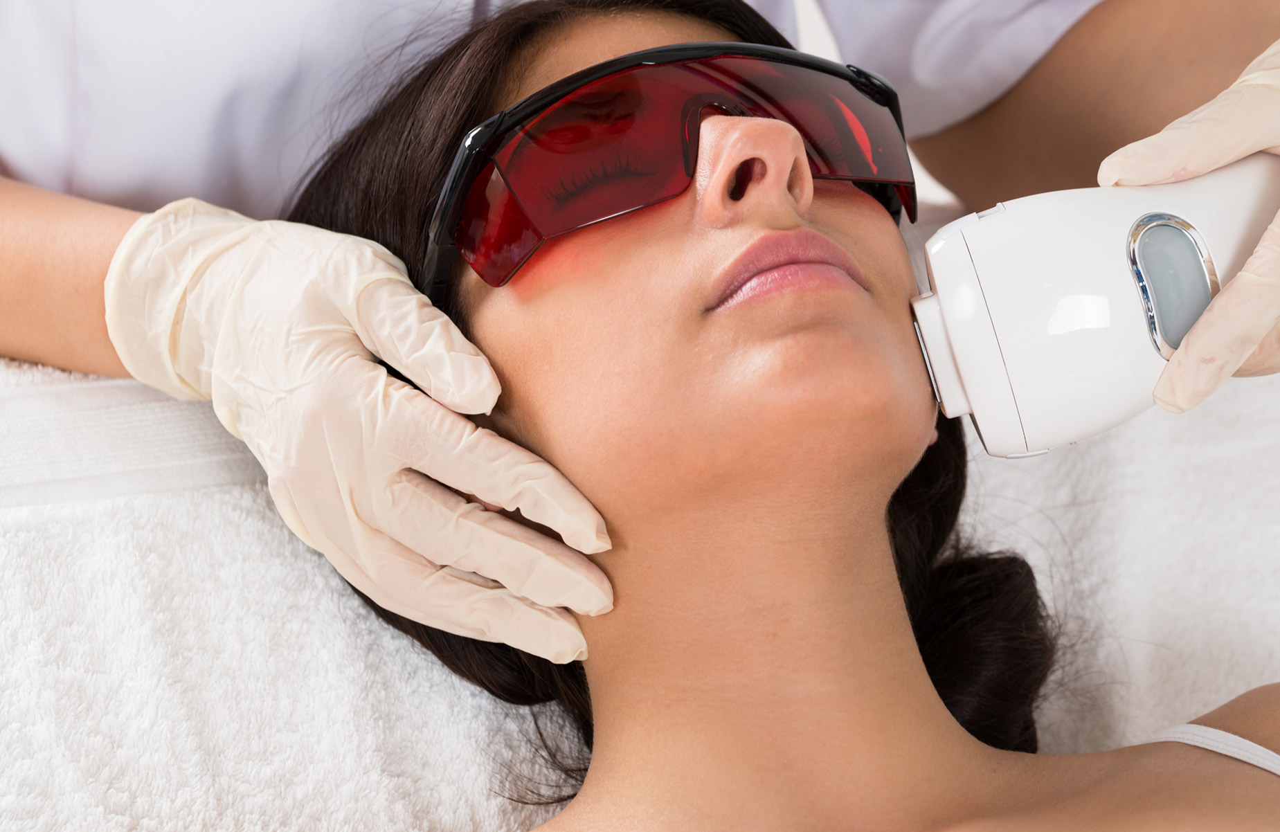 Wonderful Advantages of Laser Hair Removal
